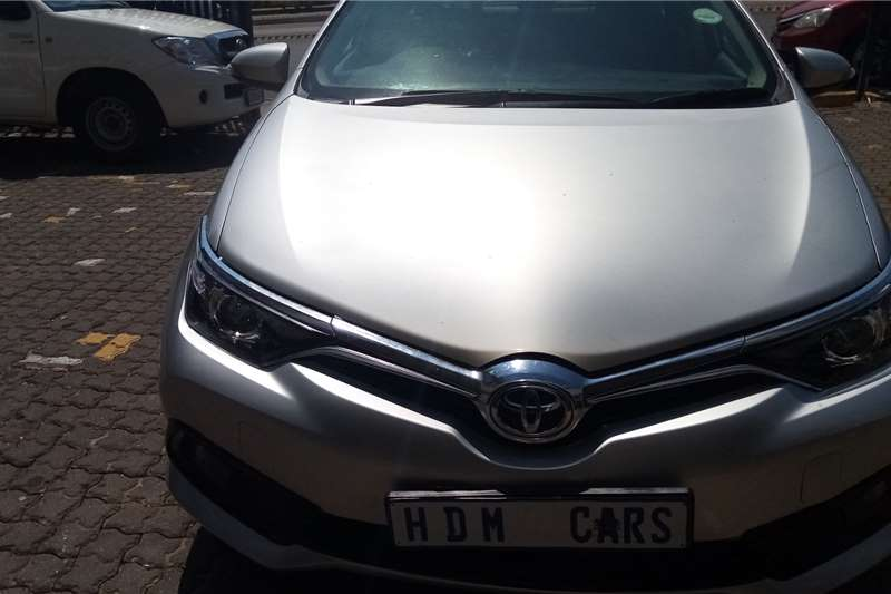 Used 2015 Toyota Auris 1.4 RS