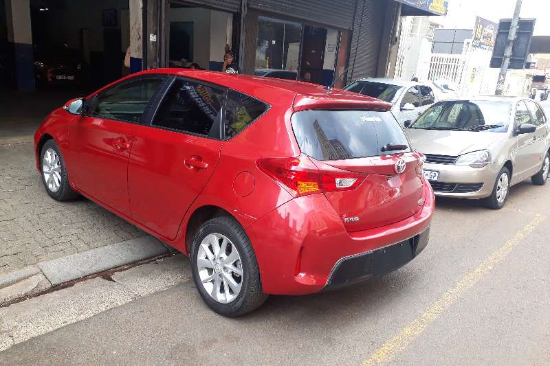 Toyota Auris 1.6 RS M-MT 2013