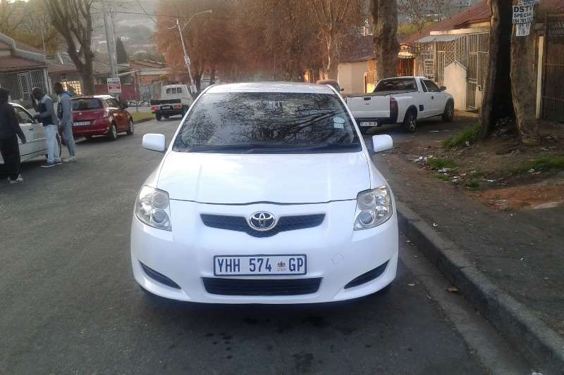 Toyota Auris 1.6 RT 2010