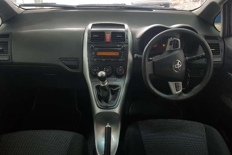 Toyota Auris 1.6 RT 2011