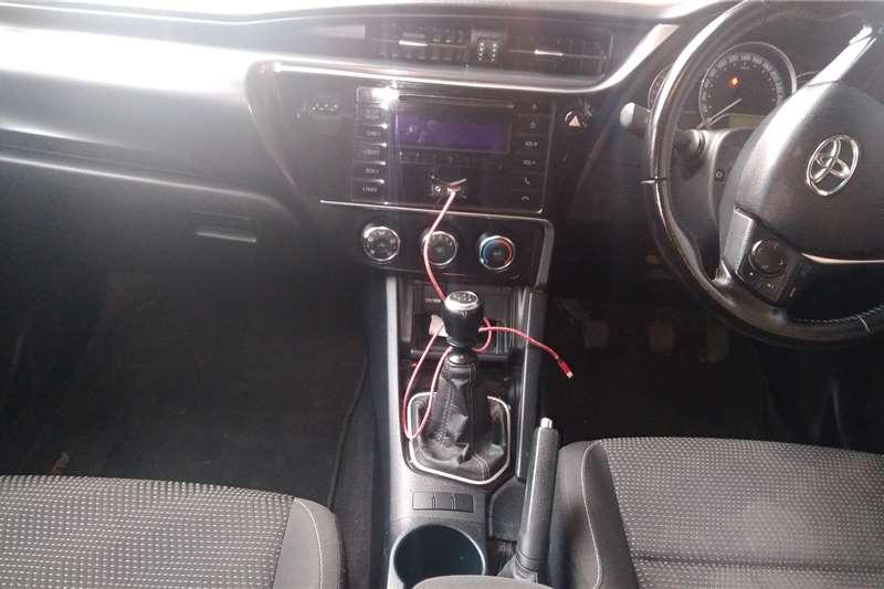 Toyota Auris 1.6 XR CVT 2015
