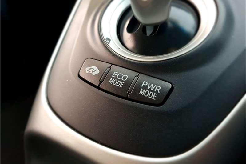 Toyota Auris XS HSD 2013