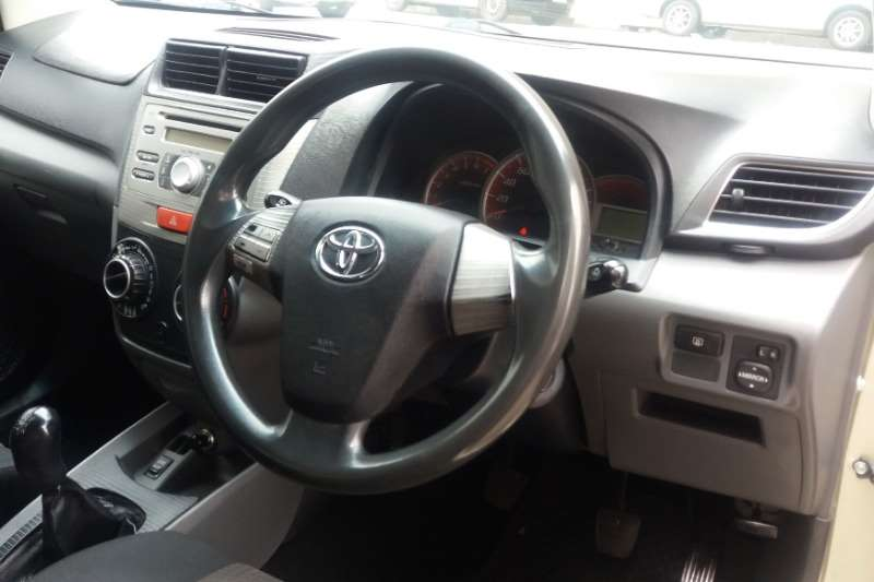 Toyota Avanza 1.5 TX 2013