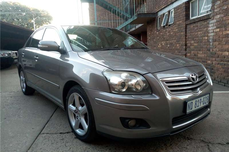 Toyota Avensis 2.2D 4D Exclusive 2008