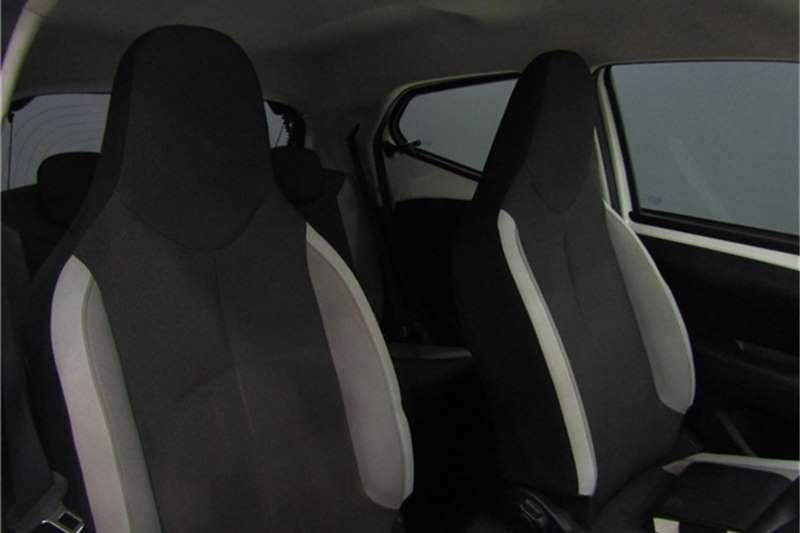 Toyota Aygo 1.0 X play 2016