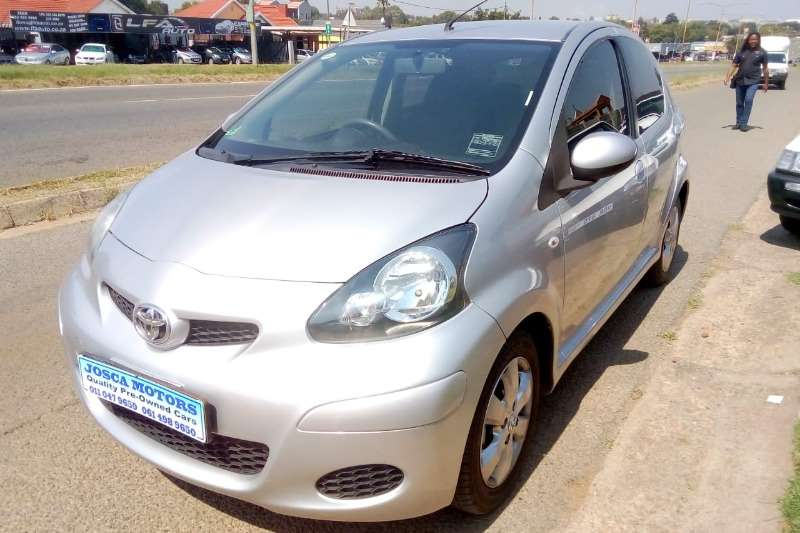Toyota Aygo 5 door 1.0 Fresh 2012