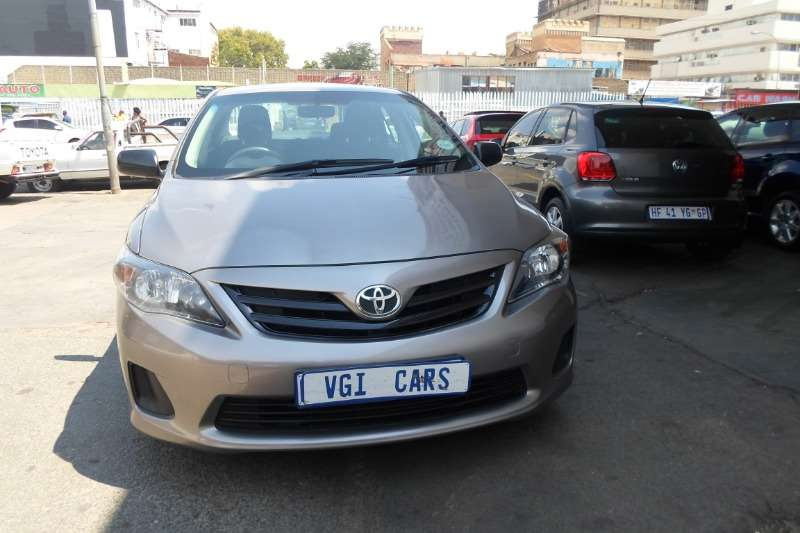 Toyota Corolla 1.3 Advanced 2014