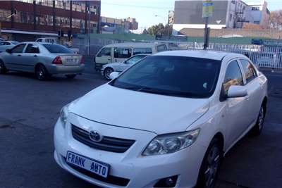 Toyota Corolla 1.4 Advanced 2015