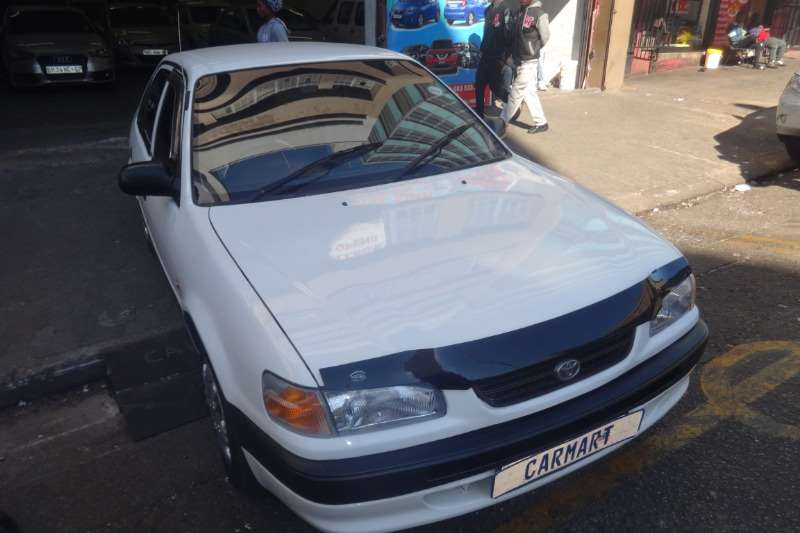 Toyota Corolla 1.6 Advanced 1998