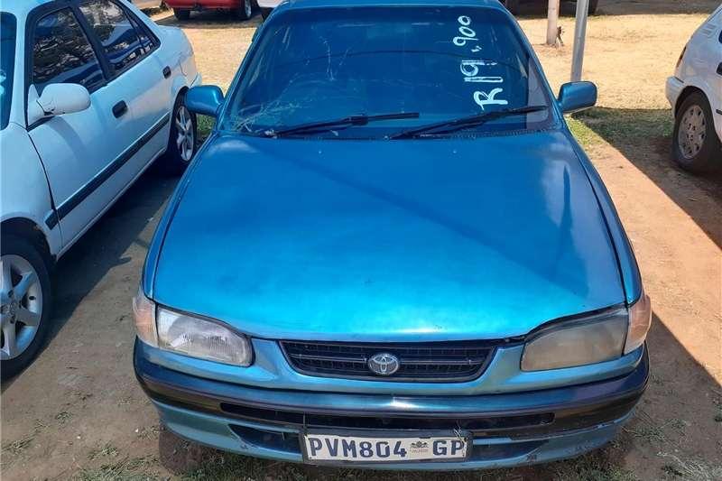 Toyota Corolla 1.6 Advanced 2000