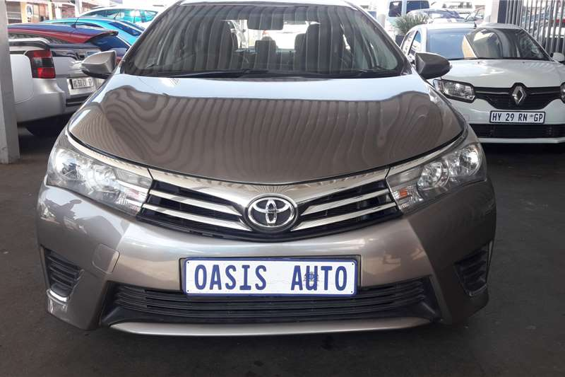 Toyota Corolla 1.6 Advanced 2015