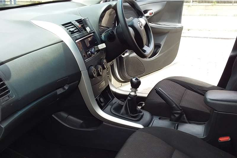 Toyota Corolla 1.6 Advanced 2016