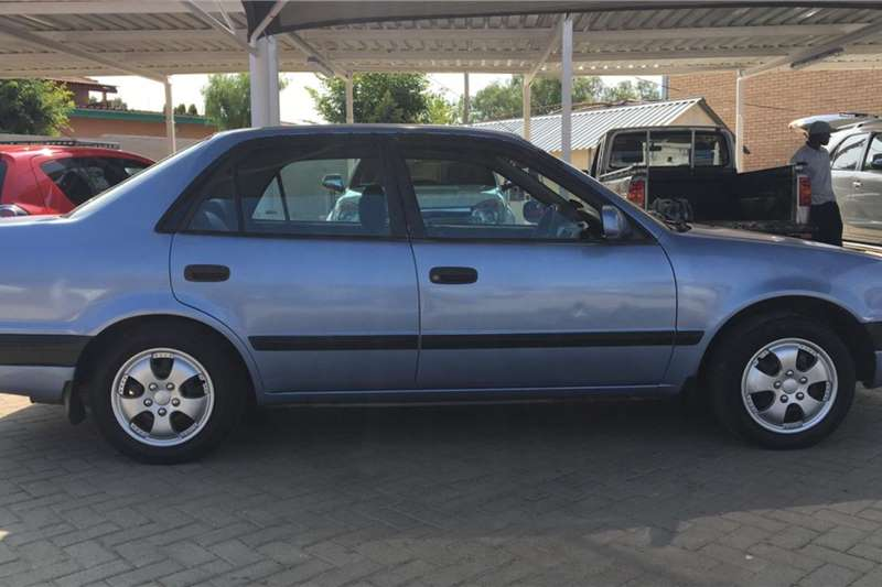 Toyota Corolla 1.8 Advanced 1998