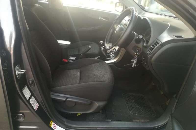 Toyota Corolla Quest 1.6 2014