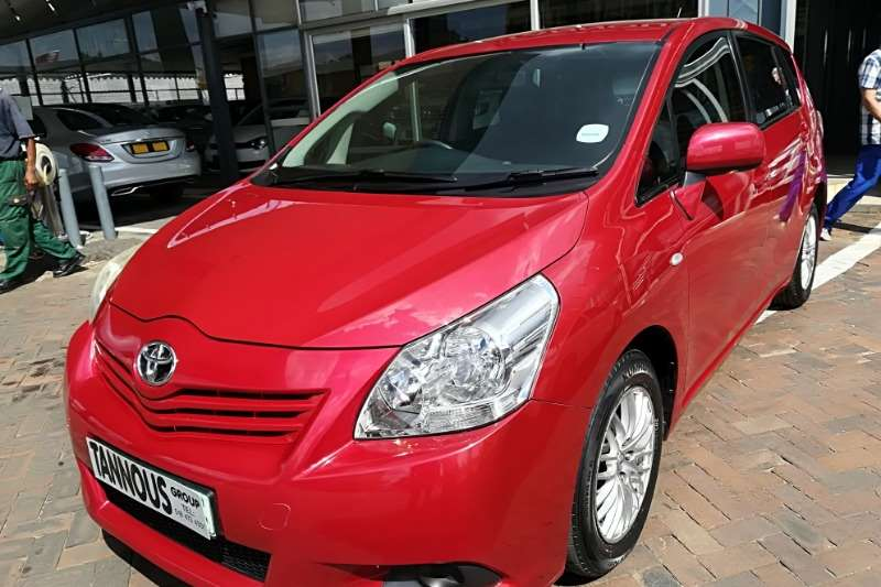 Toyota Corolla Verso 160 2012