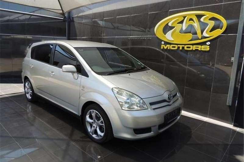 Toyota Corolla Verso 180 2004