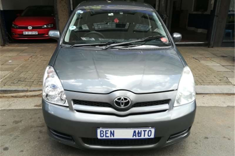 Toyota Corolla Verso 180 2006