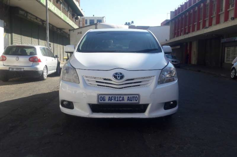 2012 Toyota Corolla Verso 180