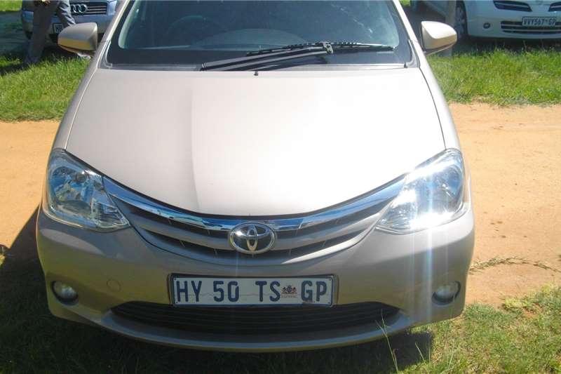 Toyota Etios 1.4 hatchback 2013