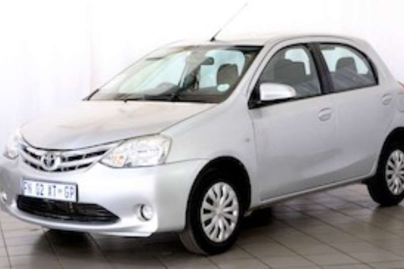Toyota Etios 1.5 XS 5DR 2015