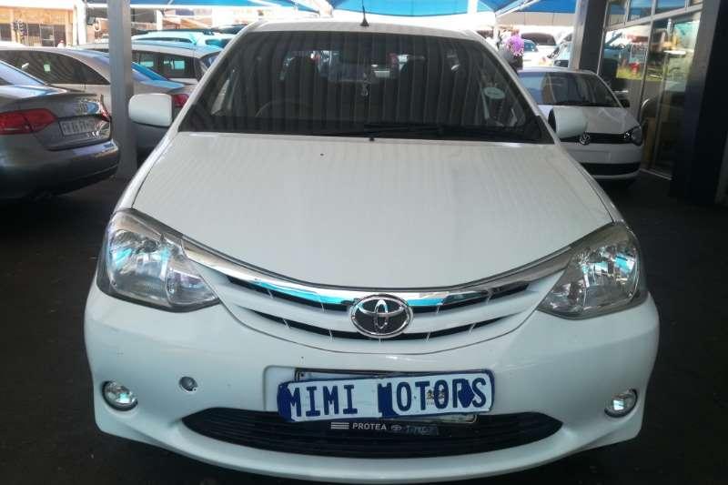 Toyota Etios 1.6 2012