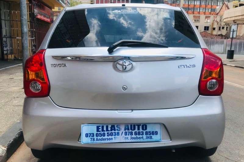 Toyota Etios 2012