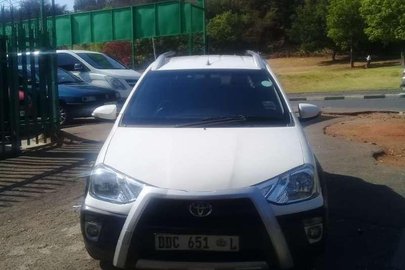 Toyota Etios Cross 1.4 Xs 5Dr 2014