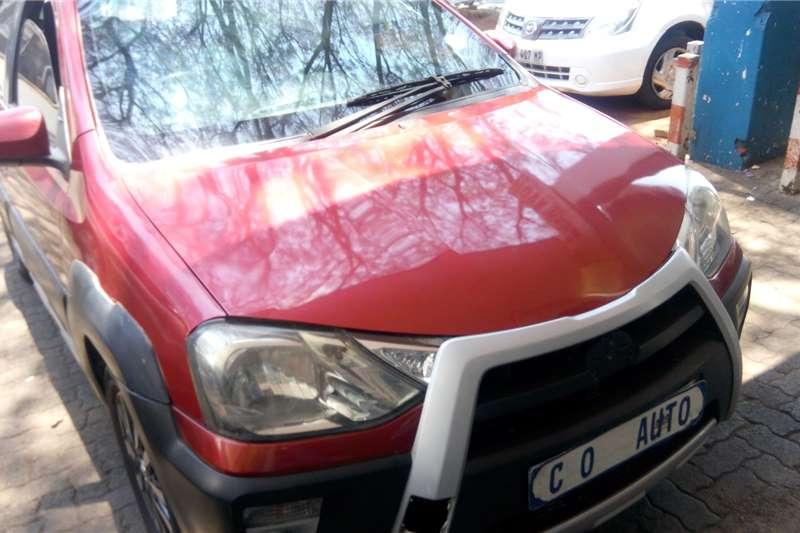 Toyota Etios Cross 1.5 2014