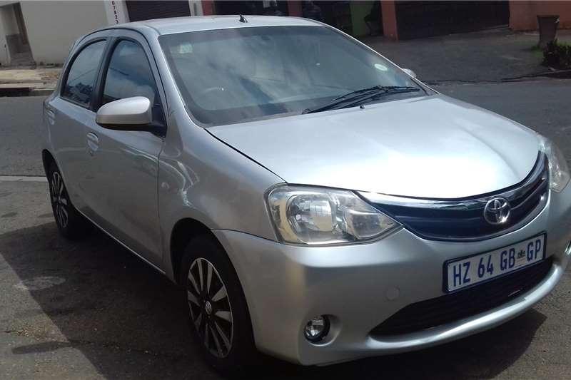 Toyota Etios Cross 1.5 Xs 2013