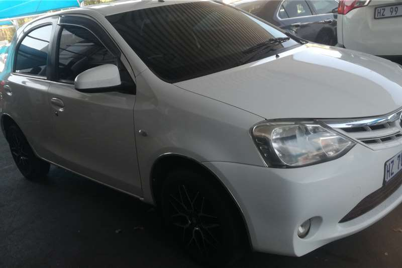 Toyota Etios Cross 1.5 Xs 2015