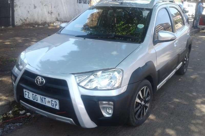 Toyota Etios Cross 1.5 Xs 5Dr 2015