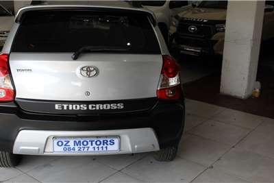 Toyota Etios Cross 1.5 Xs 5Dr 2016