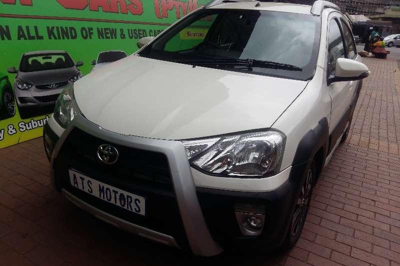 Toyota Etios Cross 1.6 valye 2016