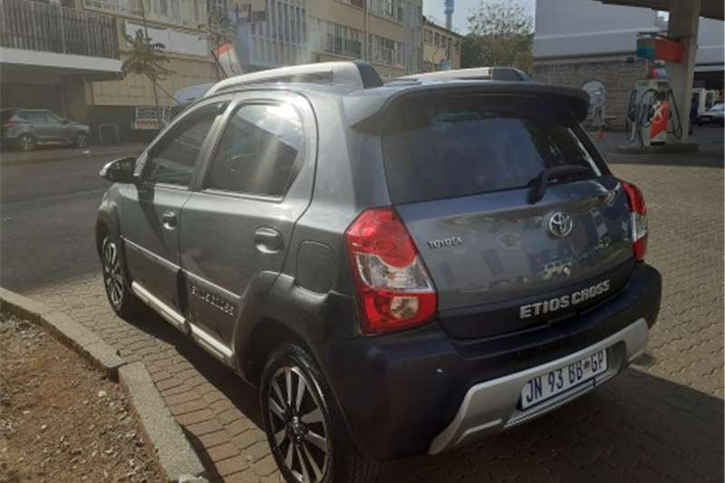 Toyota Etios Cross 4 doors 1.5 2017