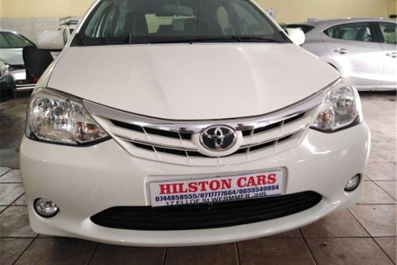 Toyota Etios Hatch 1.5 2017