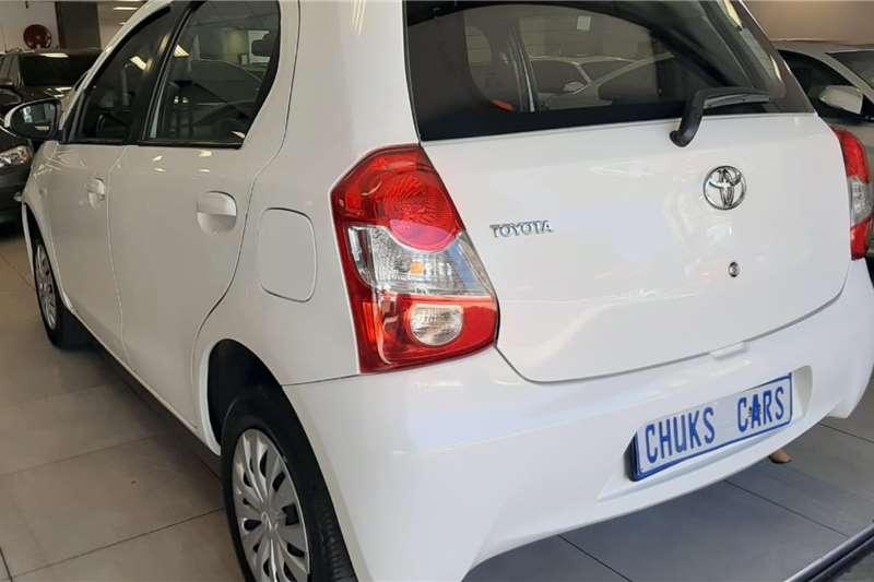 Toyota Etios hatch 1.5 Sprint 2013