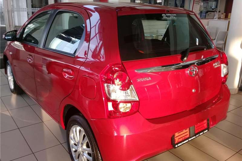 Toyota Etios hatch 1.5 Sprint 2019