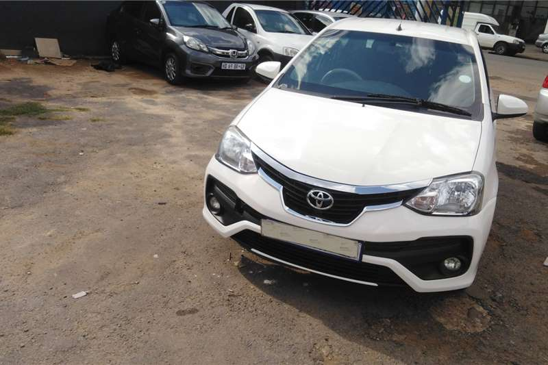 Toyota Etios hatch 1.5 Sprint 2019