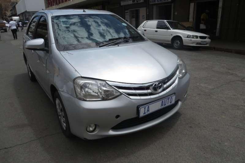 Toyota Etios hatch 1.5 Xi 2003