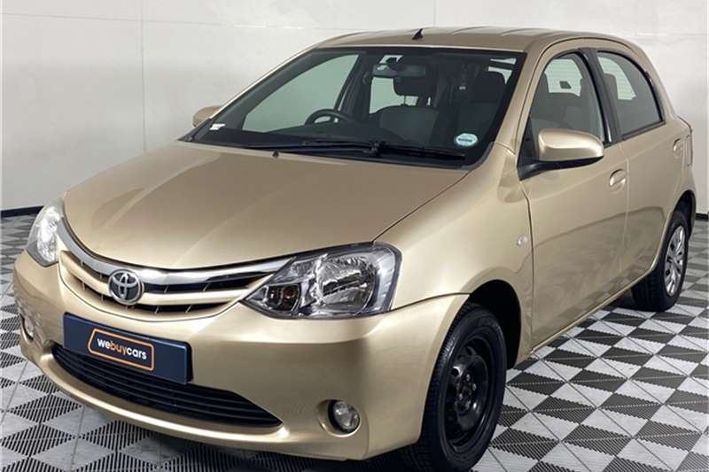 2013 Toyota Etios Etios hatch 1.5 Xi