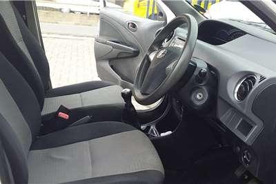 Toyota Etios hatch 1.5 Xi 2014