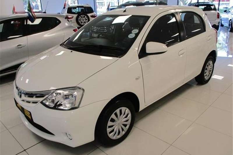 Toyota Etios hatch 1.5 Xi 2018