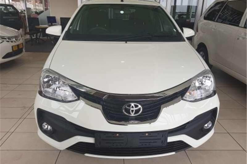 Toyota Etios hatch 1.5 Xi 2019
