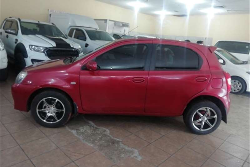 Toyota Etios hatch 1.5 Xs Sport 2014