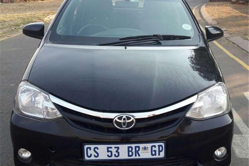 Toyota Etios hatch 1.5i Xs/Sprint  2013