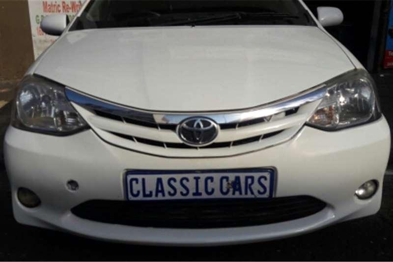 Toyota Etios hatch 2013