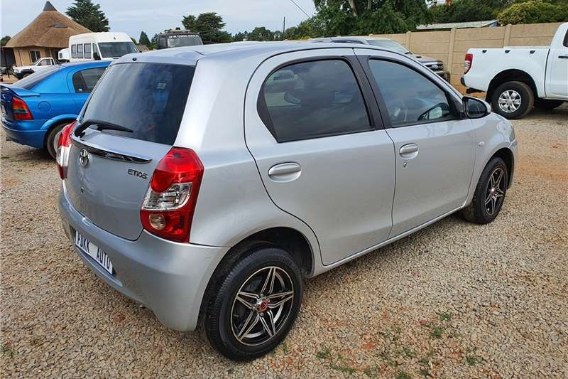 Used 2015 Toyota Etios Hatch