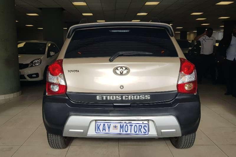 Toyota Etios Hatch ETIOS 1.5 Xs/SPRINT 5Dr 2015