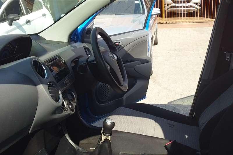 Toyota Etios sedan 1.5 Sprint 2013