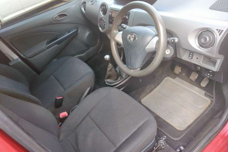 Toyota Etios sedan 1.5 Sprint 2020